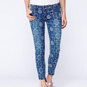 Free People Blue Geo Floral Sundial Skinny Jeans